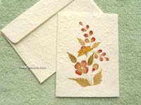 SAACA-BFL101 Saa paper greeting card decorated with dried flowers - manufacturer, exporter, wholesale directly from Thailand